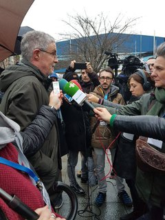 Txiki Muñoz (ELA): «Pozgarria da Frantziako Gobernua mugitu izana. Zoritxarrez Espainiako Gobernua beste muturrean dago, ez da gobernu demokratikoa»